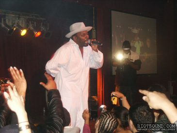 17_Big_Daddy_Kane_Performs_Live