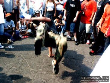 18_Hip_Hop_Dancer