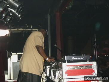 4_DJ_Mr_Cee
