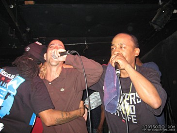 57_Rappers_On_Stage