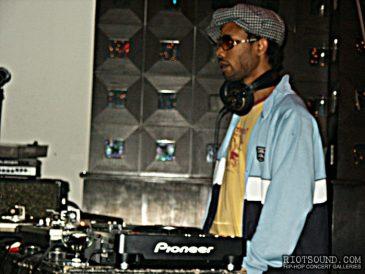8_Club_DJ