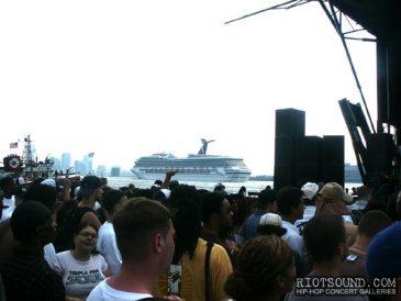 8_Cruise_Ship