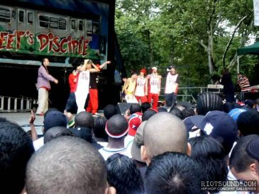 9_Rock_Steady_Crew_Dancers