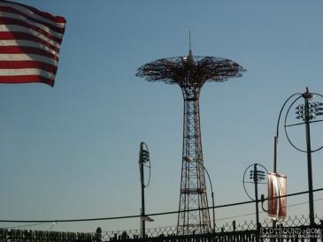 Coney_Island_Parachute_Drop