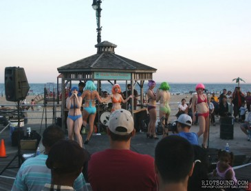 Coney_Island_Performers