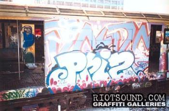 Graffiti_On_Scrapped_Train