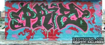 PRIZ_Gaff_Piece_On_Wall