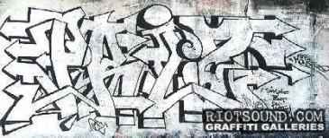 Queens_Underpass_Graffiti