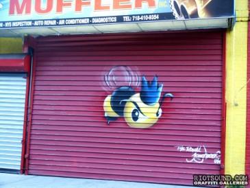Rayal Bee Graffiti