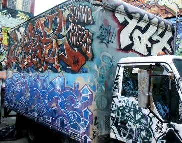 Trucks42