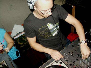 DJPreachApr2005_10