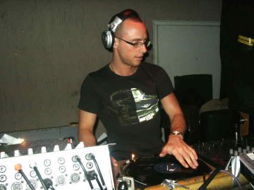 DJPreachApr2005_2
