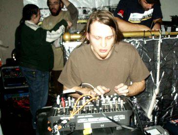NewBreedFeb2005_17