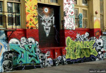 11 ifone Graffiti