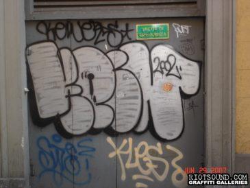 8 Graffiti In Florence
