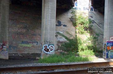 BAAL Trackside Throwie