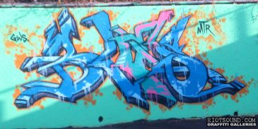 BLES MTR Graffiti