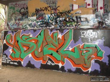 DUEL Graffiti
