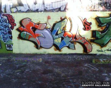 FOSL California Graffiti