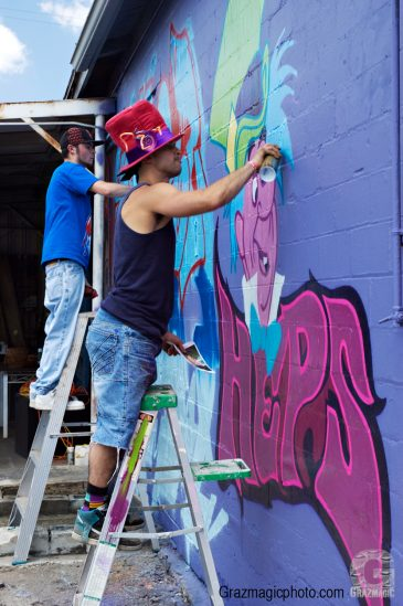 Graf Artist Painting