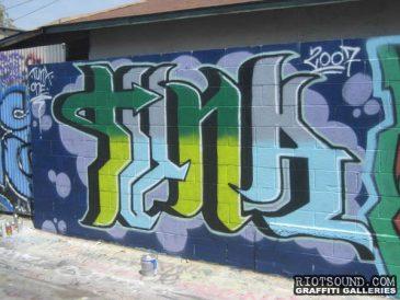 TUNA California Graff