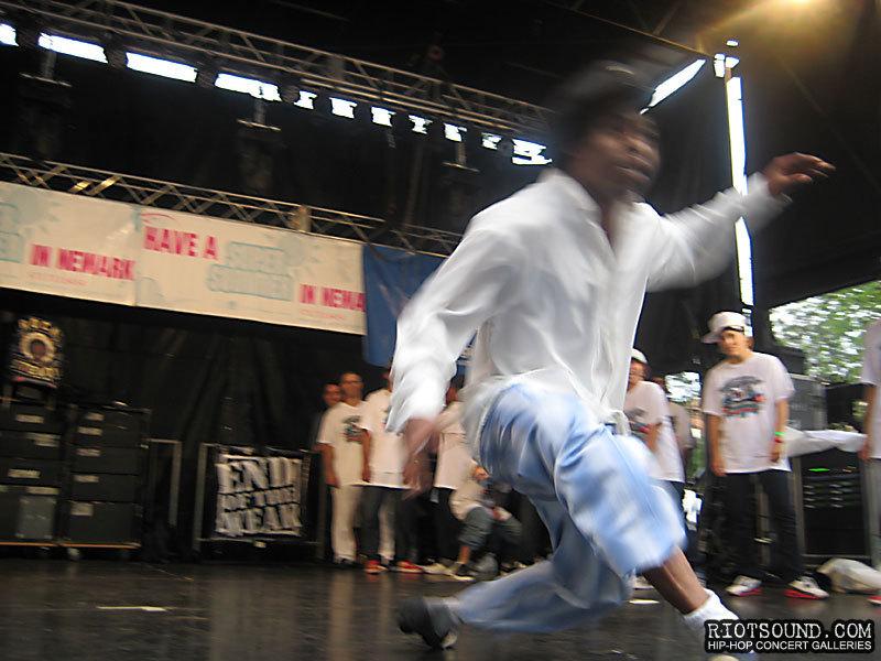 117_Urban_Dancer
