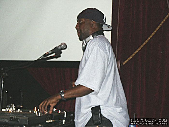 18_The_DJ