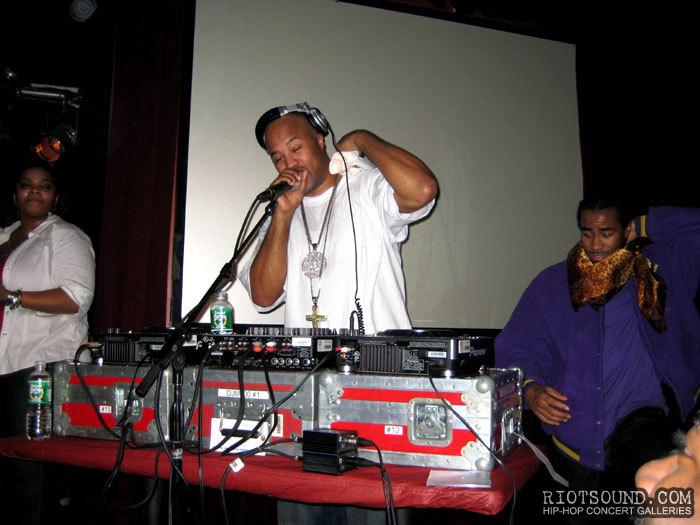 26_Hip_Hop_DJ