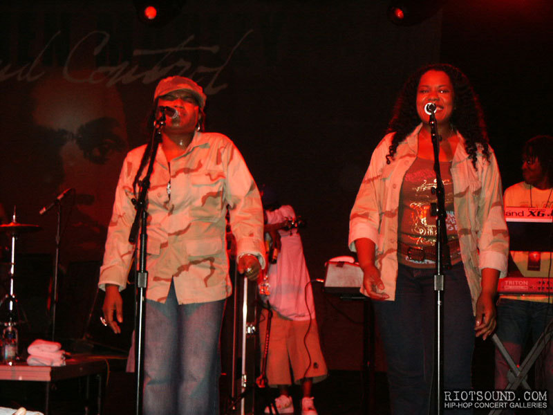 28_Singers