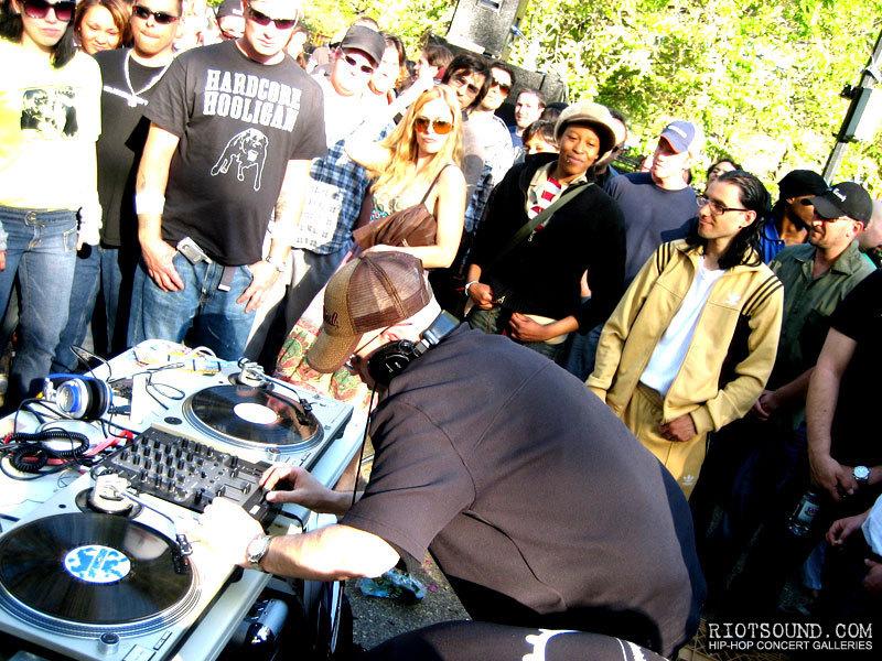29_Rave_DJ_Frankie_Bones