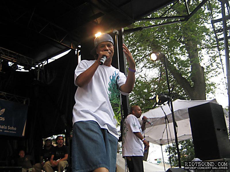39_Hip_Hop_Artist_AG