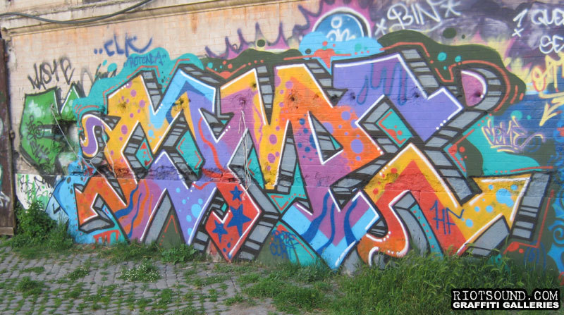 Graffi Piece In Rome