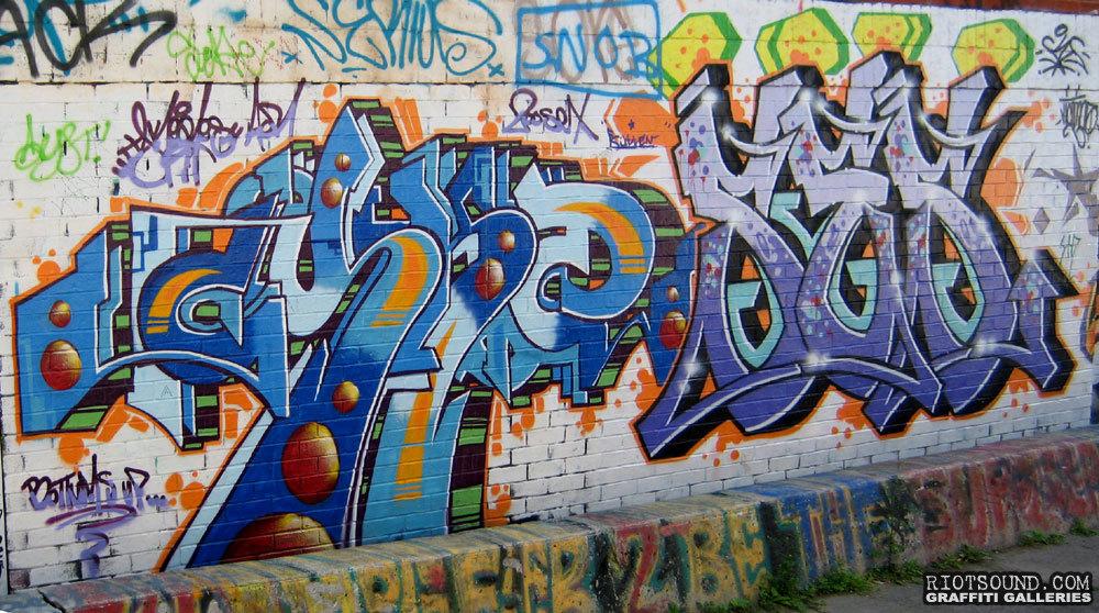 Graffiti Wall1