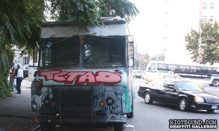 Truck Graffiti 04