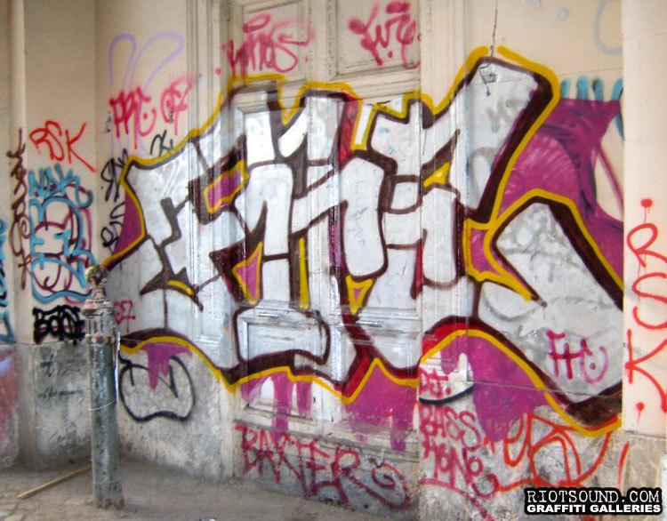 Villaggio Globale Roma Graffiti