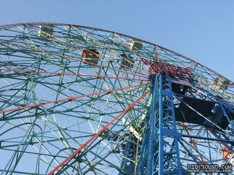 Wonder_Wheel_Coney_Island
