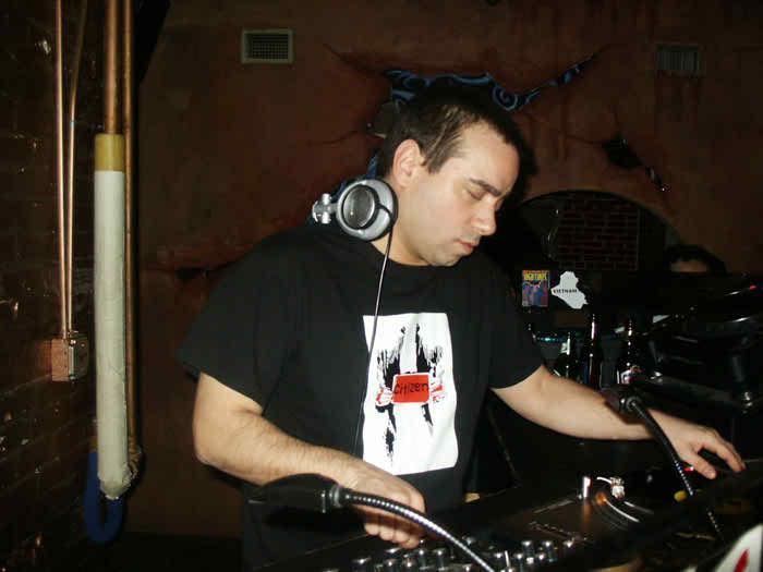 LennyDeeMay2005_2