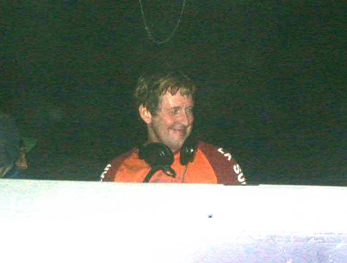 NASARewind2004APR17