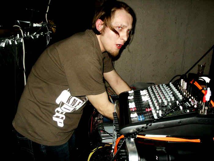 NewBreedFeb2005_15