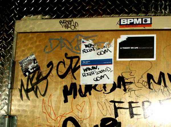 TronicMay2004_8