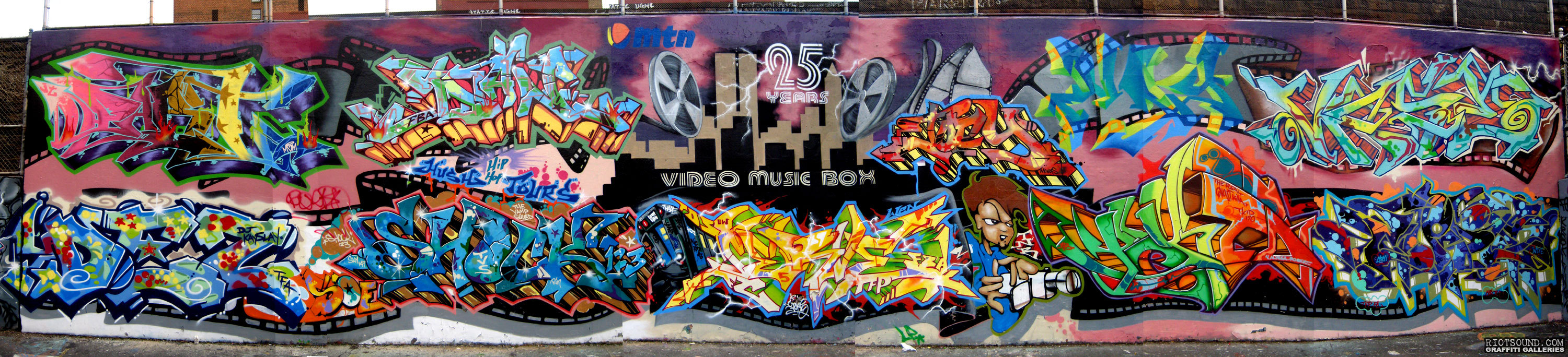 DEZ PART1 SHOCK123 TKID Mural