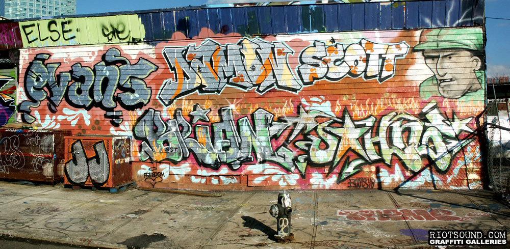 32 Graffiti Wall