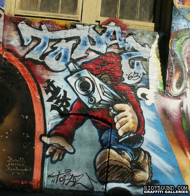 61 Topaz Graffiti