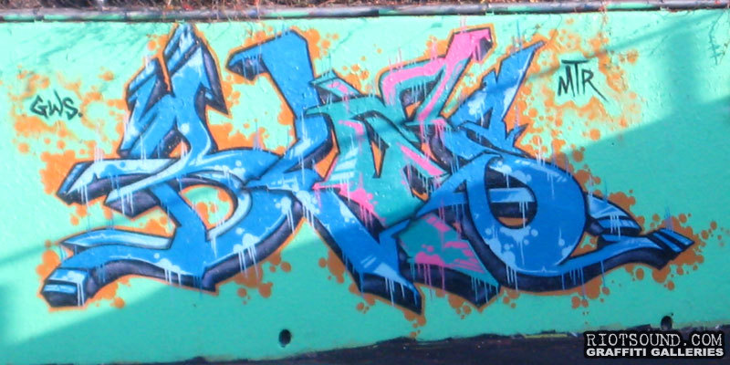 BLES MTR Graffiti
