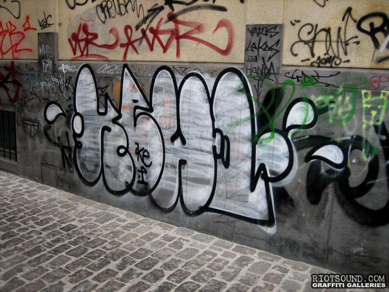 Graffiti Fillin Bruxelles