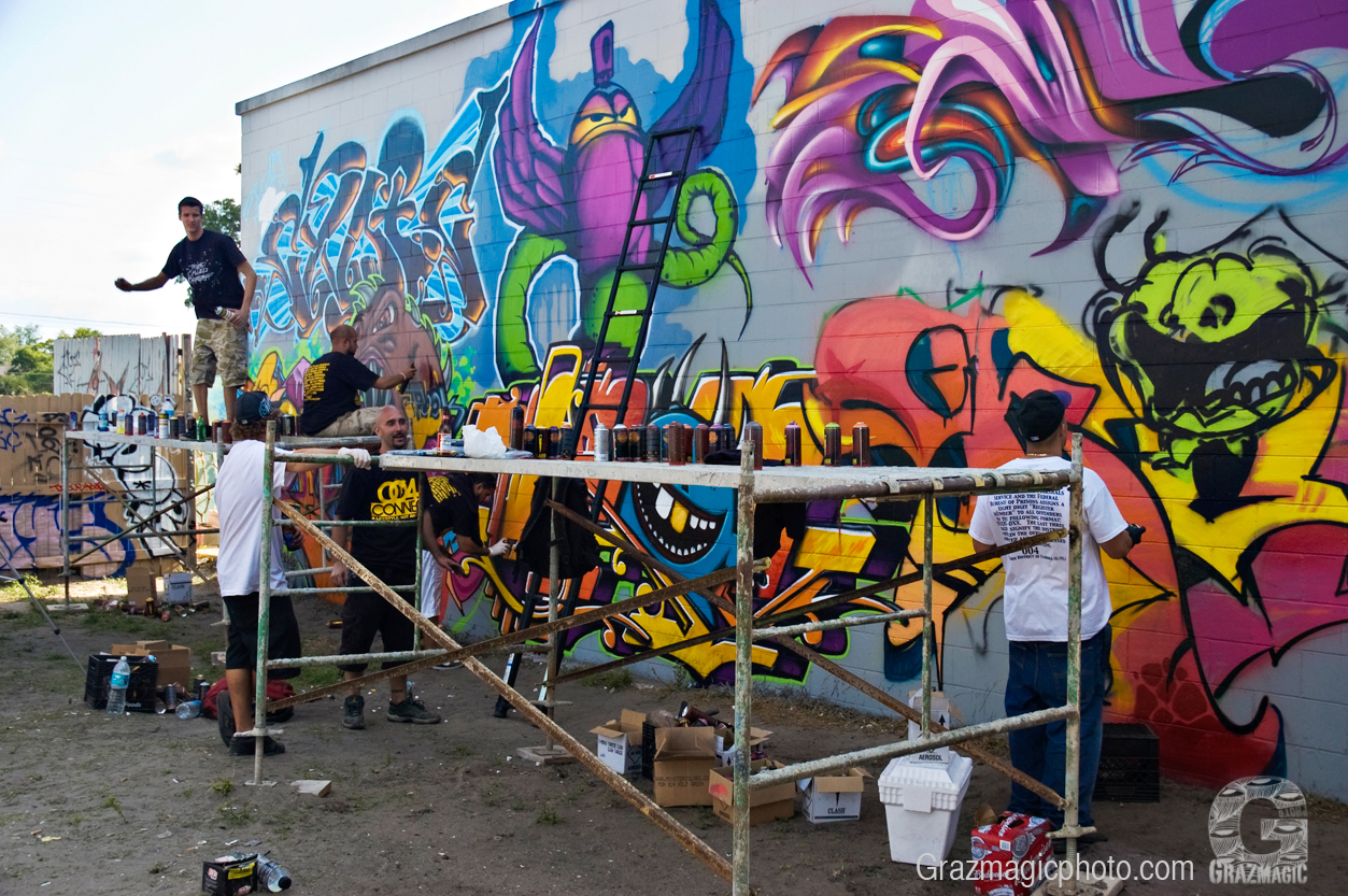 Graffiti artists use scaffolding