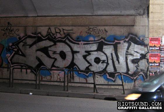 KOTONE Graffiti Italia