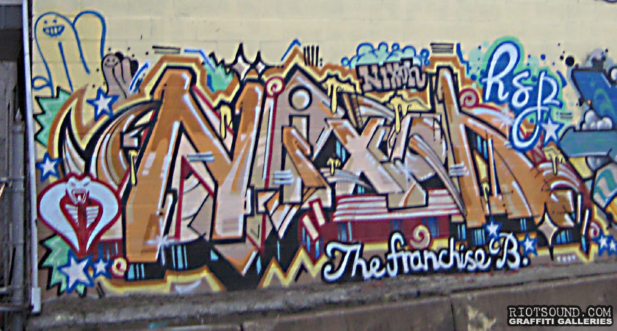 NIXON Graffiti Art